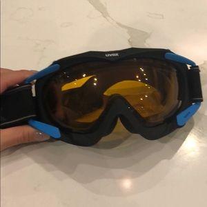 Uvex ski googles